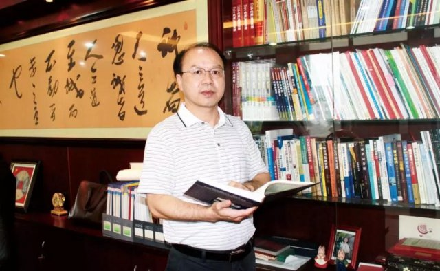 """【同行40年】王双飞:造万博app手机版官网下载""""高污染""""帽子是这样摘除的……"""